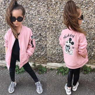 Girls' Looks & Outfits: What To Wear In 2020: Suggest that your girl pair a pink jacket with black leather leggings for a laid-back yet fashion-forward outfit. Grey sneakers are a nice choice to finish off this style.