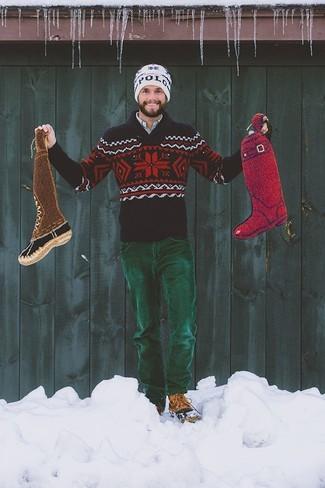 Cómo combinar: jersey con cuello chal de grecas alpinos azul marino, camisa de manga larga a cuadros celeste, vaqueros de pana verde oscuro, botas casual de cuero marrónes