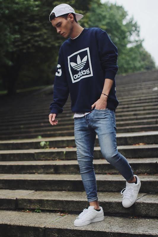 Look de moda  Jersey con cuello circular estampado en azul marino y blanco a298ba62e0d