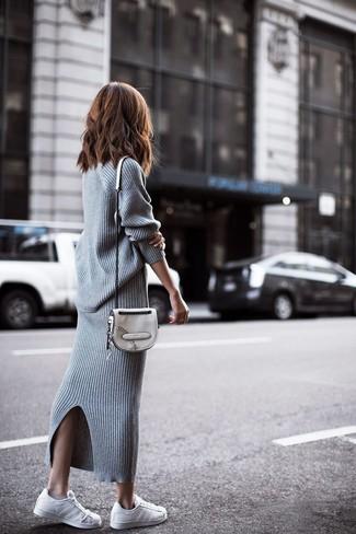 c9d096554 Look de moda: Jersey oversized de punto gris, Falda larga de punto ...