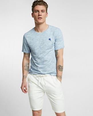 11c5d020 How to Wear a Light Blue Crew-neck T-shirt For Men (51 looks ...