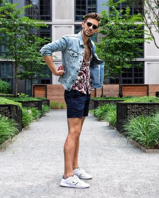 How to wear: light blue denim jacket, burgundy floral short sleeve shirt, navy shorts, white low top sneakers