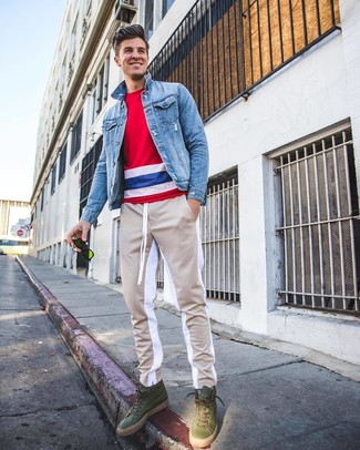 How to wear: light blue denim jacket, white and red and navy horizontal striped crew-neck t-shirt, beige sweatpants, olive leather high top sneakers