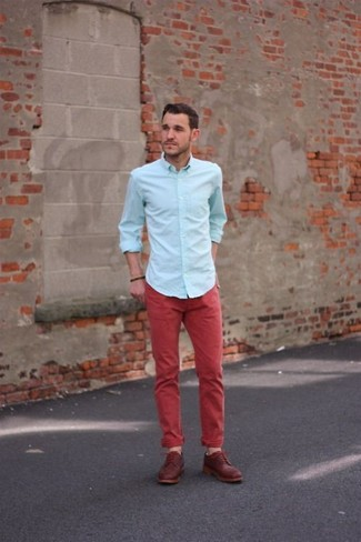 Choose a light blue dress shirt and red casual trousers for drinks after work. Let's make a bit more effort now and throw in a pair of dark red leather derby shoes.