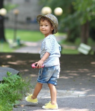 Consider dressing your son in a light blue horizontal striped long sleeve shirt with light blue denim shorts to create a neat, stylish look. The footwear choice here is pretty easy: complement this look with yellow sneakers.