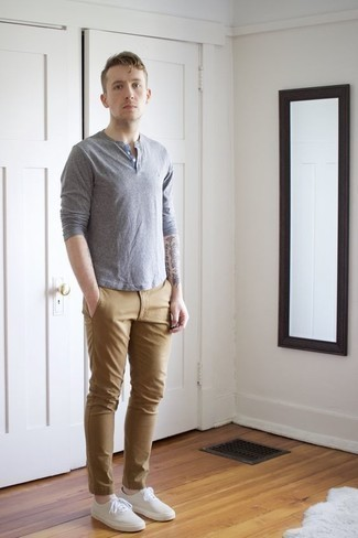 Men's Light Blue Long Sleeve Henley Shirt, Khaki Chinos, White Canvas Low Top Sneakers