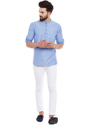 How to wear: light blue long sleeve shirt, white skinny jeans, navy suede driving shoes