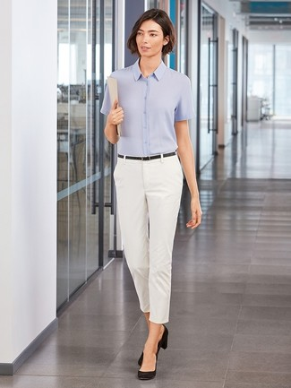 How to wear: light blue short sleeve button down shirt, white skinny pants, black suede pumps, black leather belt