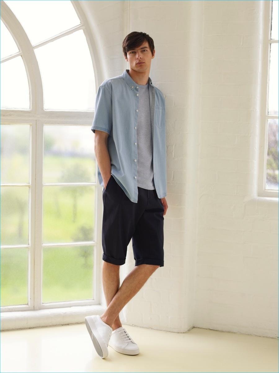 Men's Light Blue Denim Short Sleeve Shirt, Grey Crew-neck T-shirt ...