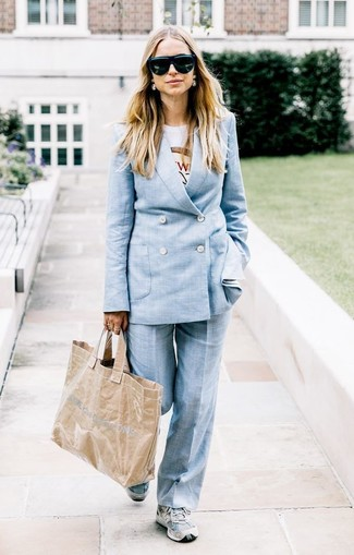 How to wear: light blue suit, white print crew-neck t-shirt, grey athletic shoes