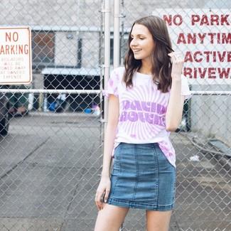 How to wear: light violet tie-dye crew-neck t-shirt, blue denim mini skirt