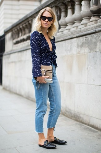 How to wear: navy long sleeve blouse, light blue jeans, black leather loafers, tan suede satchel bag