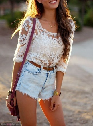 How to wear: white lace long sleeve blouse, light blue denim shorts, purple leather crossbody bag, brown leather belt
