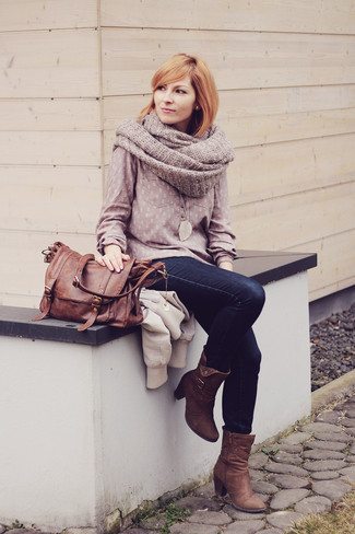 How to wear: pink long sleeve blouse, navy skinny jeans, brown nubuck ankle boots, brown leather satchel bag