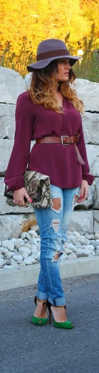 How to wear: purple long sleeve blouse, blue ripped skinny jeans, green cutout suede pumps, grey snake leather clutch