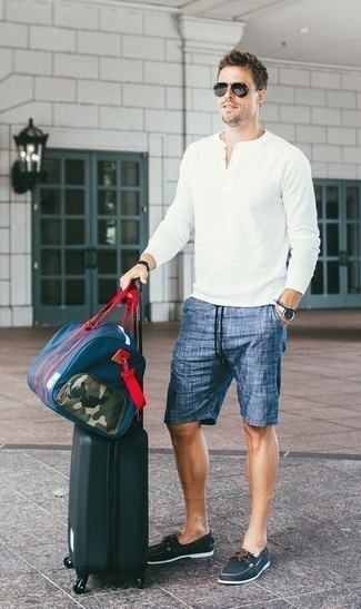 How to Wear a Black Leather Bracelet For Men: Consider pairing a white long sleeve henley shirt with a black leather bracelet for a casual level of dress. Ramp up the wow factor of your ensemble by rounding off with navy leather boat shoes.