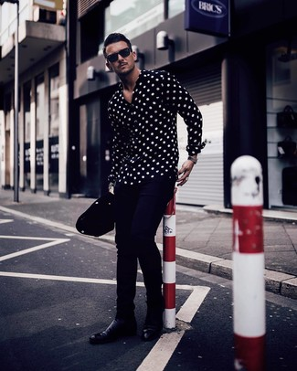 How to wear: black and white polka dot long sleeve shirt, navy chinos, black leather chelsea boots, black sunglasses