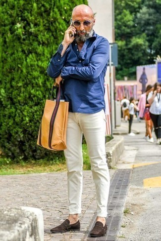 How to Wear Navy Sunglasses For Men: If you enjoy the comfort look, dress in a navy chambray long sleeve shirt and navy sunglasses. To introduce a bit of fanciness to this look, introduce a pair of dark brown suede loafers to this getup.