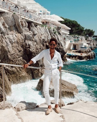 White Linen Long Sleeve Shirt Outfits For Men: For a look that's super straightforward but can be styled in a ton of different ways, wear a white linen long sleeve shirt with white chinos. Beige suede loafers will instantly spruce up even the simplest ensemble.
