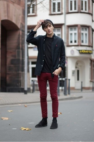 Nail off-duty dressing with this combination of a black long sleeve shirt and Topman men's Burgundy Wax Coated Wide Leg Chinos. Finish off with black suede desert boots and off you go looking dashing. You can bet this getup is the answer to all of your transitional dressing problems.