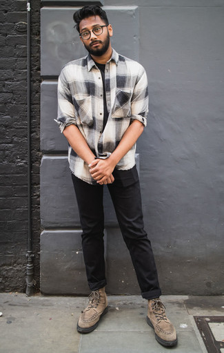 How To Wear a Long Sleeve Shirt With Casual Boots For Men: If you're looking for an off-duty yet sharp outfit, opt for a long sleeve shirt and black chinos. Rounding off with a pair of casual boots is a simple way to infuse an added touch of style into this getup.