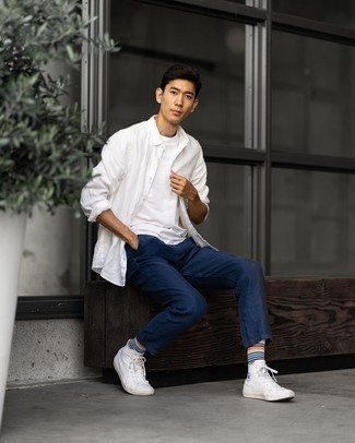 White Horizontal Striped Socks Outfits For Men: When the setting allows a casual ensemble, opt for a white long sleeve shirt and white horizontal striped socks. If you wish to instantly step up your look with shoes, complete your look with white canvas high top sneakers.