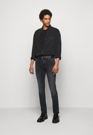 Charcoal Jeans Summer Outfits For Men In Their 20s: This pairing of a black long sleeve shirt and charcoal jeans is super easy to copy and so comfortable to wear a variation of as well! Black chunky leather derby shoes will infuse an added touch of elegance into an otherwise too-common ensemble. A cool combo like this one is just what you need on a boiling hot warm weather day. A fail-safe option ensemble proper for young guys who like to dress more elegantly.