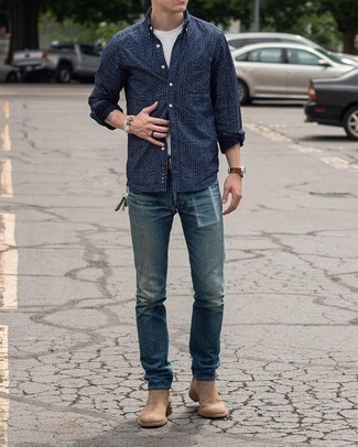 Blue Ripped Jeans Outfits For Men: If you're a jeans-and-a-tee kind of dresser, you'll like this pared down pairing of a navy and white print long sleeve shirt and blue ripped jeans. You can get a little creative in the footwear department and elevate your ensemble by finishing with a pair of tan suede chelsea boots.