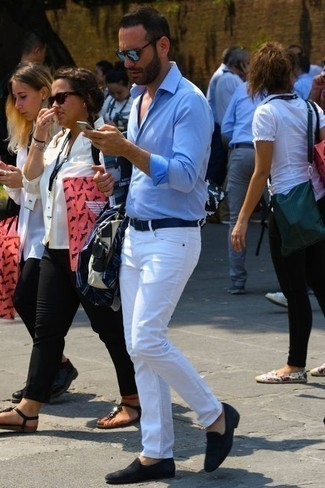Men's Looks & Outfits: What To Wear In 2020: If you're on the lookout for a casual but also on-trend outfit, go for a light blue long sleeve shirt and white jeans. Want to dress it up with footwear? Complete your look with a pair of black suede loafers.