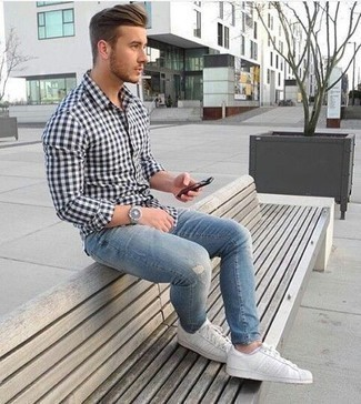 How to Wear White No Show Socks For Men: Dress in a white and black gingham long sleeve shirt and white no show socks for a fashionable and relaxed casual outfit. Puzzled as to how to finish off this ensemble? Rock white leather low top sneakers to bump up the style factor.