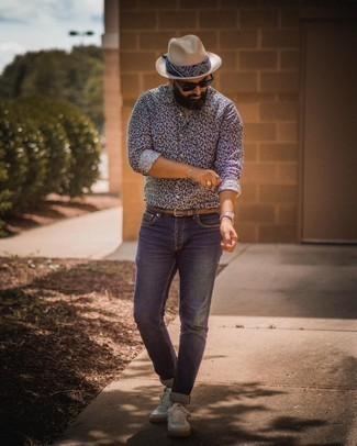 Silver Watch Outfits For Men: A navy and white print long sleeve shirt and a silver watch are a bold casual combination that every modern gent should have in his menswear collection. Got bored with this outfit? Invite a pair of white and navy canvas low top sneakers to switch things up.