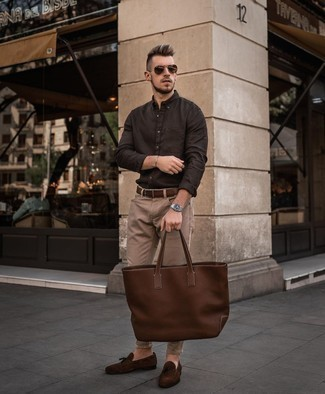 Dark Brown Suede Tassel Loafers Outfits: This combo of a dark brown long sleeve shirt and khaki jeans is on the casual side but is also seriously stylish and incredibly stylish. You can get a bit experimental on the shoe front and add dark brown suede tassel loafers to this outfit.