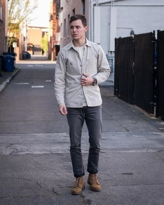 Charcoal Jeans Spring Outfits For Men In Their 20s: Marrying a grey long sleeve shirt with charcoal jeans is an on-point option for a relaxed ensemble. For maximum impact, add a pair of brown suede casual boots to the mix. This look is absolutely great to welcome spring. So as you can see, in your late 20s, you have a wide range of outfit options.