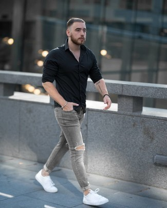 Silver Beaded Bracelet Outfits For Men: Why not wear a black long sleeve shirt and a silver beaded bracelet? As well as super comfortable, these pieces look amazing worn together. If you wish to easily up your ensemble with one piece, complement this outfit with white canvas low top sneakers.