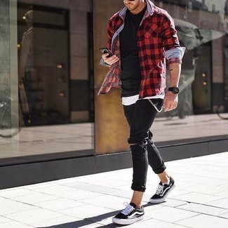 How to Wear a Red and Black Gingham Long Sleeve Shirt For Men: A red and black gingham long sleeve shirt and black ripped skinny jeans are the kind of a tested casual outfit that you need when you have no extra time. To add more class to your look, round off with a pair of black and white canvas low top sneakers.