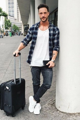 Charcoal Jeans Outfits For Men In Their 30s: This seriously stylish look is super straightforward: a navy gingham long sleeve shirt and charcoal jeans. A good pair of white athletic shoes is an effective way to bring a dose of stylish nonchalance to this look. Wondering how to master casual looks after thirty? This pairing is the perfect answer.