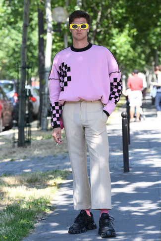 Black Athletic Shoes Outfits For Men: A pink print long sleeve t-shirt and beige chinos are a cool outfit that will carry you throughout the day and into the night. Up the appeal of your outfit by wearing a pair of black athletic shoes.