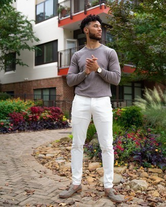 Grey Long Sleeve T-Shirt Outfits For Men: You'll be surprised at how easy it is for any man to pull together this casual ensemble. Just a grey long sleeve t-shirt paired with white chinos. On the fence about how to finish your ensemble? Rock grey canvas tassel loafers to elevate it.
