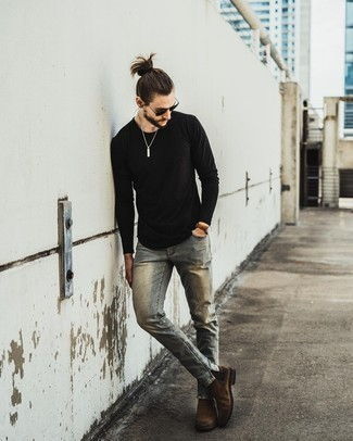 Black Long Sleeve T-Shirt with Brown Suede Chelsea Boots Outfits For Men: When the situation allows a casual getup, team a black long sleeve t-shirt with grey jeans. If you want to immediately kick up this outfit with one item, introduce brown suede chelsea boots to your ensemble.