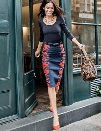 Black Long Sleeve T-shirt Dressy Outfits For Women: Combining a black long sleeve t-shirt with a navy floral pencil skirt is a great idea for a casual and cool ensemble. Let your styling savvy truly shine by finishing off your outfit with a pair of orange suede pumps.
