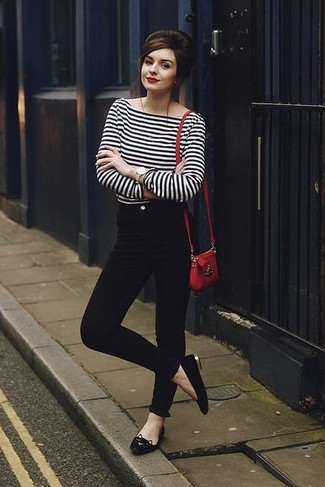 How to wear: white and black horizontal striped long sleeve t-shirt, black skinny jeans, black leather ballerina shoes, red leather crossbody bag