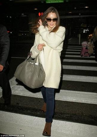 Manteau blanc jean skinny bleu marine bottines marron large 920