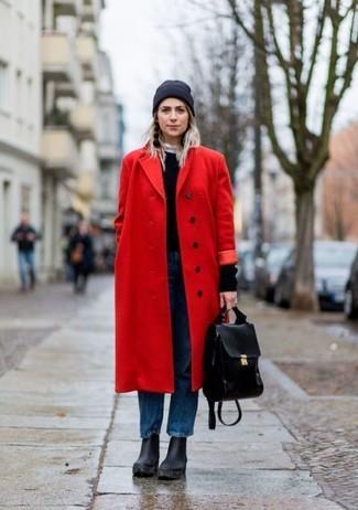 Pense à associer un manteau rouge avec des boucles d'oreilles noires femmes pour un look idéal au travail. Une paire de des bottines en cuir épaisses noires s'intégrera de manière fluide à une grande variété de tenues.