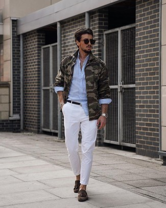 Military Jacket Outfits For Men: Infuse personality into your daily off-duty collection with a military jacket and white chinos. Take your outfit down a dressier path by wearing a pair of dark brown suede tassel loafers.