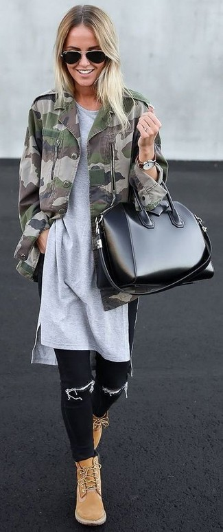 How to wear: olive camouflage military jacket, grey tunic, black skinny jeans, tan suede lace-up flat boots