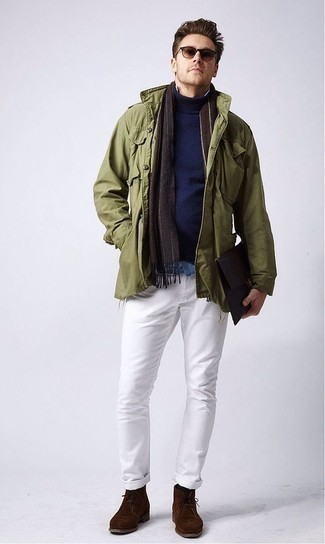 How to Wear an Olive Military Jacket For Men: An olive military jacket and white jeans are among the crucial elements in any modern man's great casual sartorial arsenal. If in doubt about the footwear, go with dark brown suede desert boots.