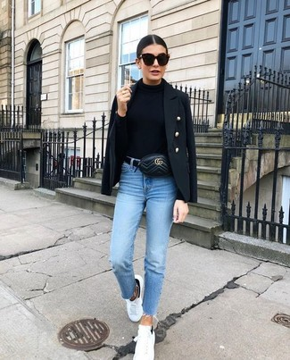 A black military jacket and a fanny pack are great essentials to incorporate into your current wardrobe. Look at how well this outfit is complemented with white leather low top sneakers. As you can imagine, this is also a neat choice when warmer days are here.