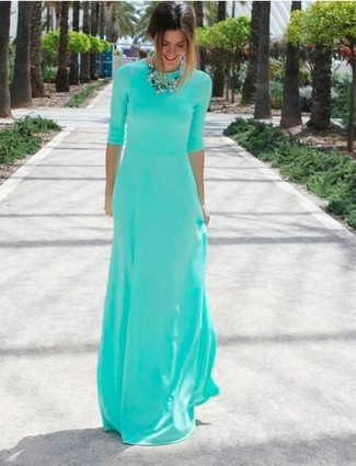 How to Wear a Green Necklace: If you enjoy a more casual approach to style, why not dress in a mint maxi dress and a green necklace?