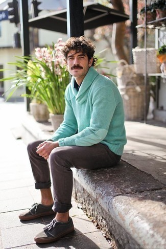How to Wear a Shawl-Neck Sweater: If you want take your casual style game to a new level, opt for a shawl-neck sweater and grey jeans. Feeling adventerous? Jazz up your outfit with a pair of charcoal canvas low top sneakers.