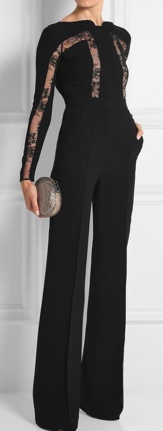 Look de moda: Mono de encaje negro, Cartera sobre con adornos plateada